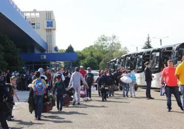 Аксенов предложил на автостанциях установить дополнительные модульные кассы для ликвидации очередей