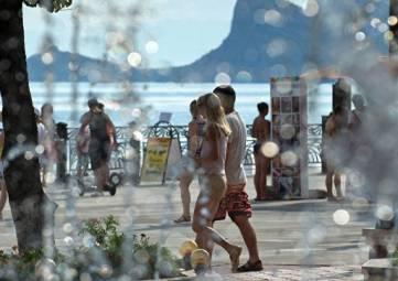 С начала года в Крыму отдохнули 1,6 млн туристов – Волченко