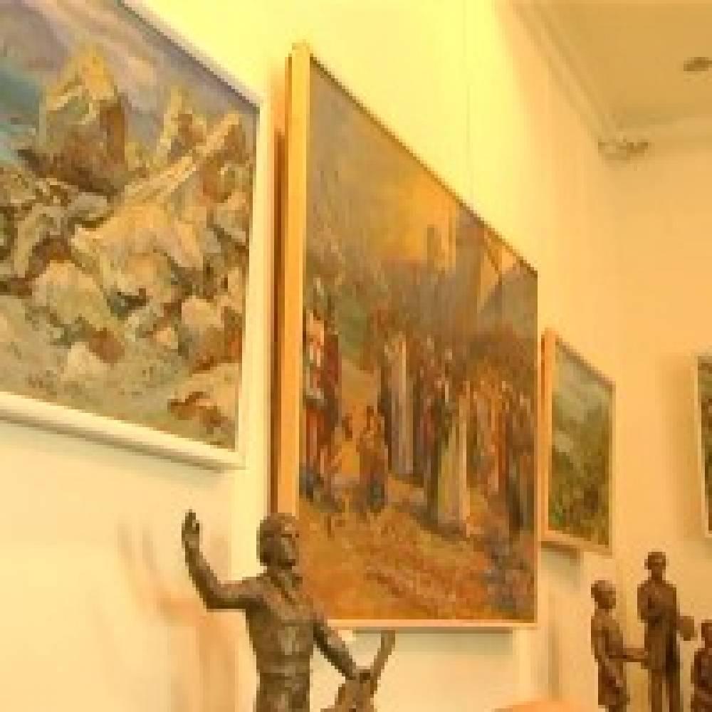 В Гриновском музее открыта выставка известных крымских художников, посвящённая 135-летию писателя
