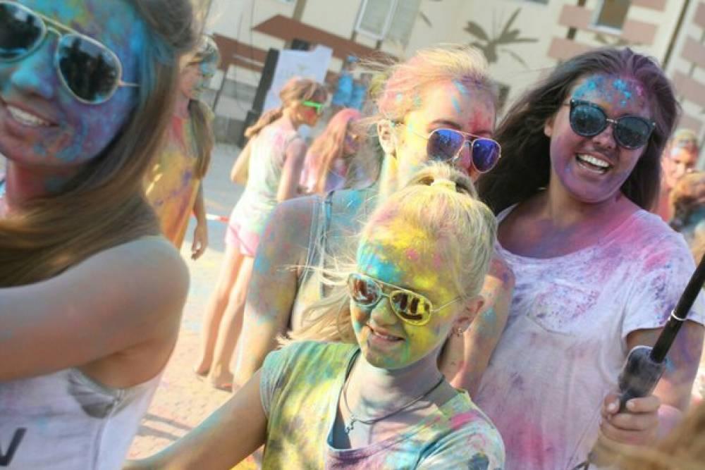 В Коктебеле прошел праздник красок Холи (ФОТО)