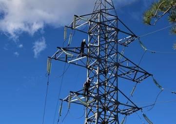 Аксенов поручил ликвидировать очереди на подключение к электросетям
