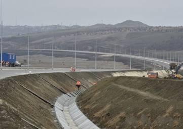 Энергетики проводят масштабную реконструкцию сетей вдоль трассы «Таврида»