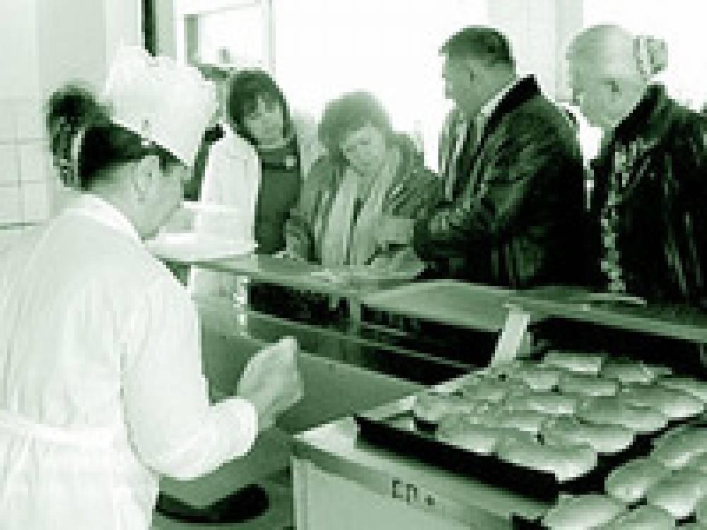 В Феодосии предлагают ввести школьные абонементы на горячее питание