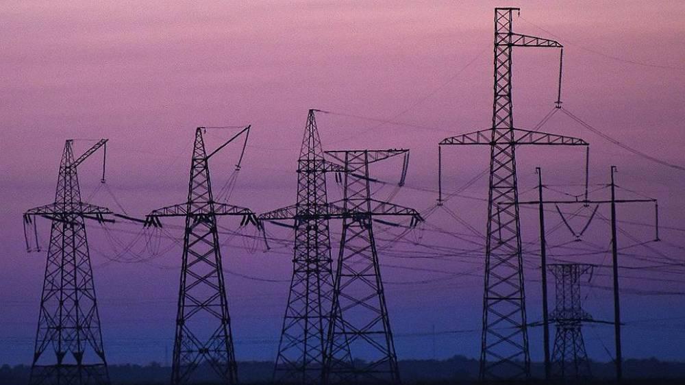 Более 40 бригад энергетиков устраняли последствия непогоды в Крыму