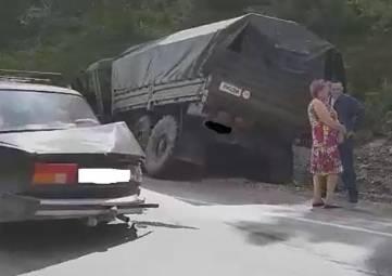 В Черноморском флоте прокомментировали аварию с военным КамАЗом на Керченской трассе