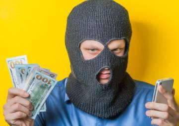В МВД по Крыму рассказали, как обезопасить себя от мошенников