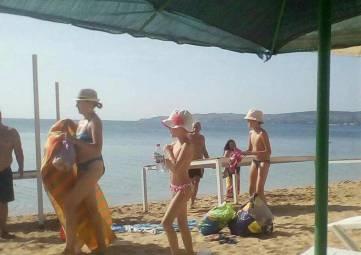 Прогнали с пляжа