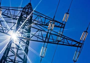 Непогода за сутки оставила без электричества полсотни населённых пунктов в восьми районах Крыма