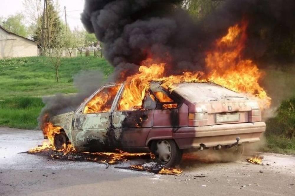 После ДТП загорелась машина