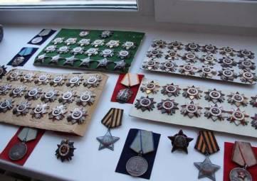 Феодосийский музей древностей получил на постоянное хранение коллекции советских медалей