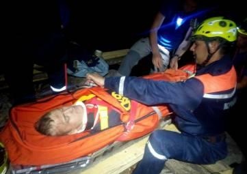 Спасатели эвакуировали травмированного туриста с горы Чатыр-Даг
