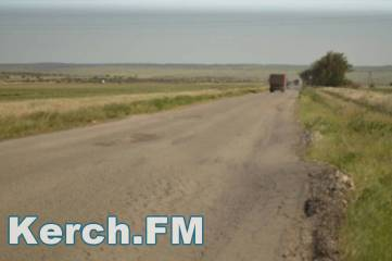 Огромные ямы и десятки грузовиков – как сейчас выглядит дорога на Приозерное
