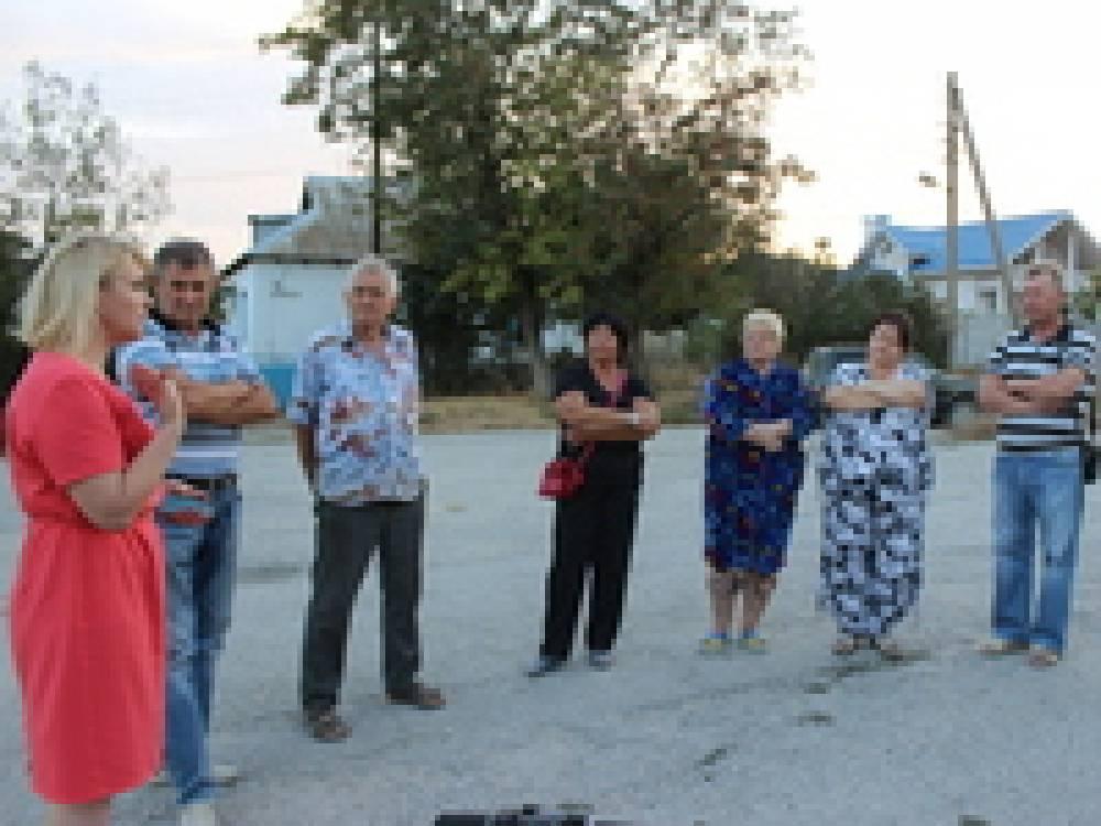 Светлана Гевчук встретилась с жителями Наниково