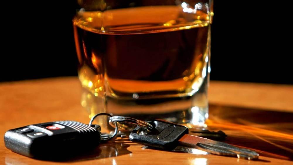 Осужден за управление автомобилем в состоянии алкогольного опьянения