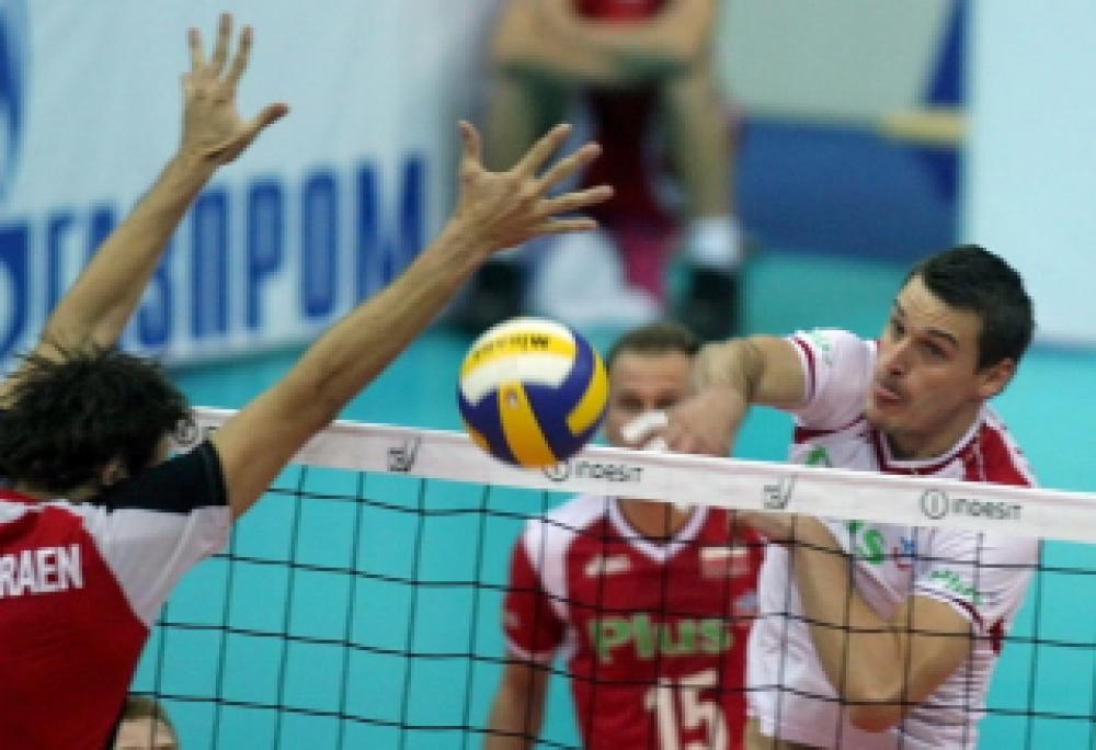 В Феодосии состоялся волейбольный турнир, посвященный Дню учителя