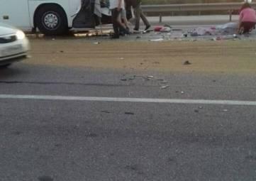 Автобус попал в ДТП, один человек погиб и четверо пострадали