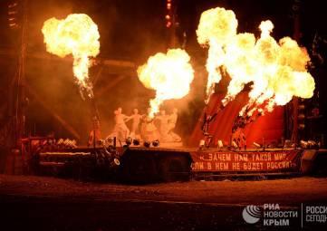 Трюки, спецэффекты и много рока: яркие моменты байк-шоу в Севастополе