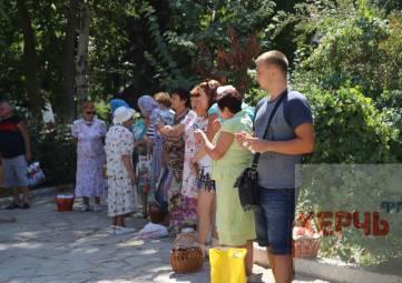 Яблочный Спас отмечают в Керчи