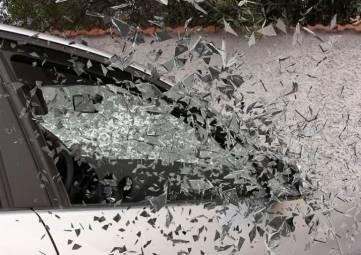 Два человека пострадали в лобовом столкновении под Севастополем