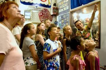 Юных художников пригласили в музей Рыбы