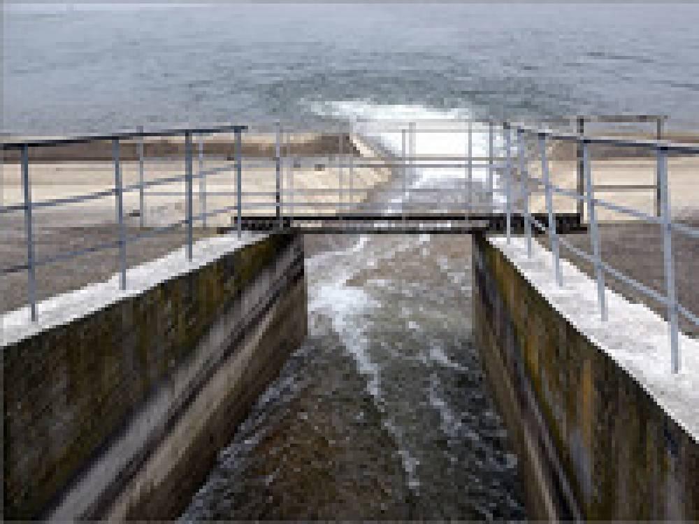 Продолжается закачка воды в Феодосийское водохранилище