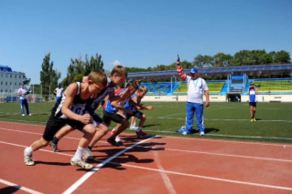Феодосийские легкоатлеты заняли четыре призовых места на соревнованиях училища олимпийского резерва