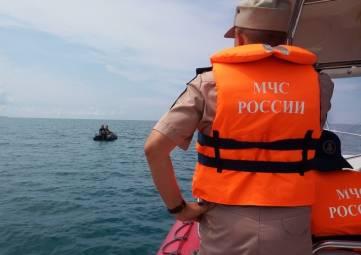 Сотрудники ГИМС осуществляют патрулирование Крымского побережья