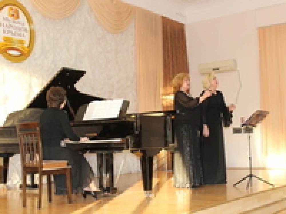 В Феодосии проходит фестиваль «Музыка народов Крыма»