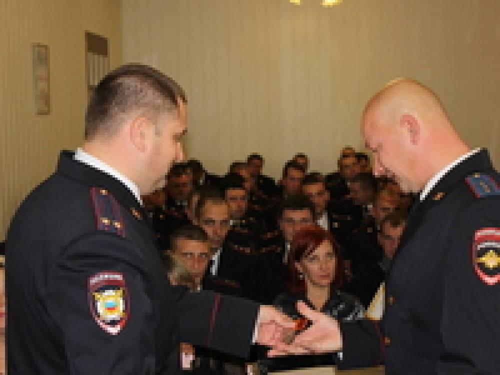 Руководство города поздравило сотрудников полиции с профессиональным праздником