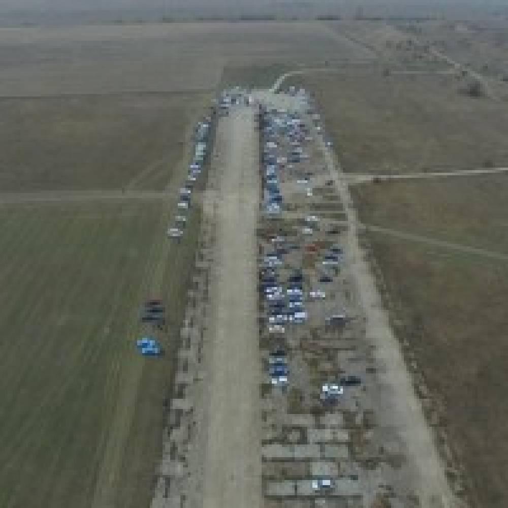 Соревнования по драг-рейсингу прошли недалеко от Феодосии