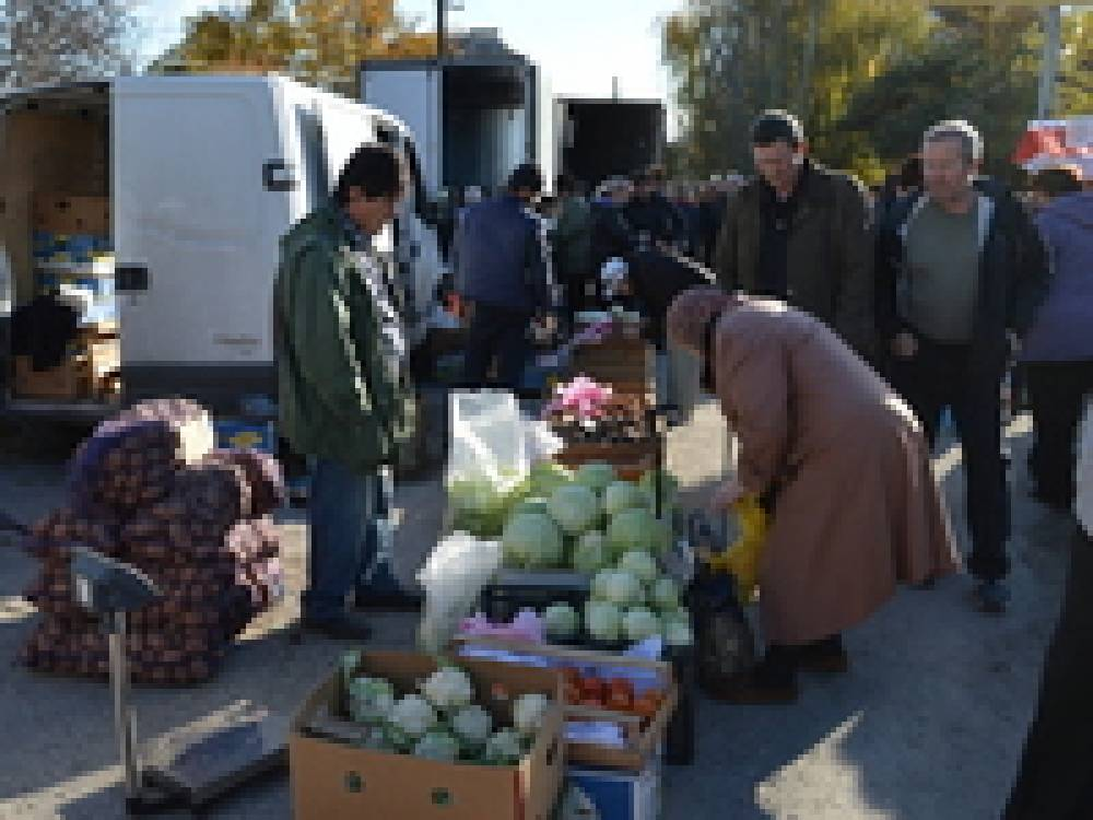 В Феодосии на ярмарке приняли участие 25 сельхозпроизводителей
