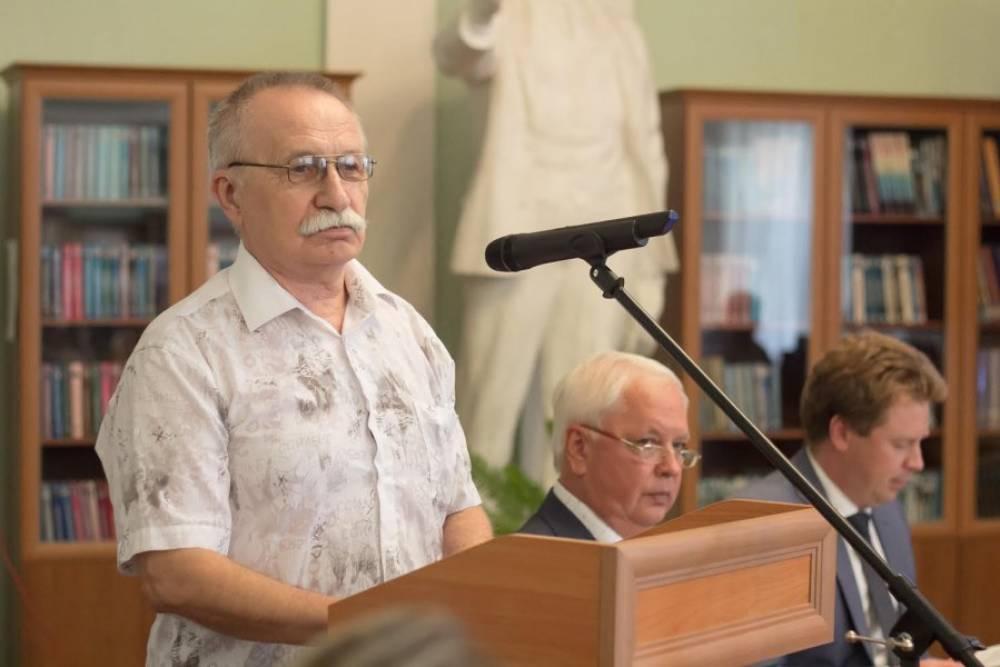 В Севастополе наградили лауреатов Литературной премии им. Л.Н. Толстого