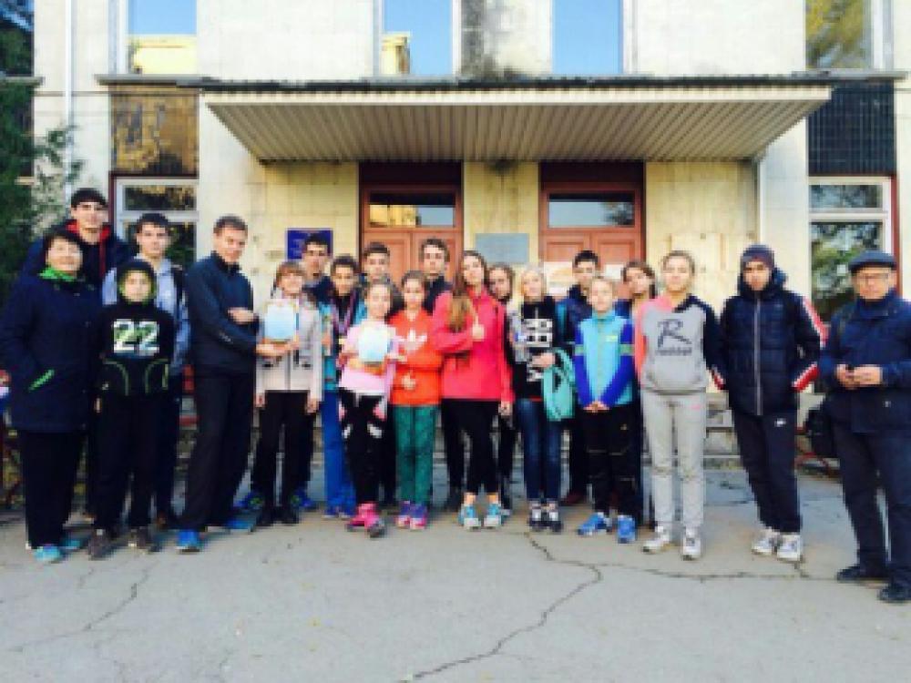 Легкоатлеты Феодосийской ДЮСШ заняли два призовых на Республиканском турнире по троеборью