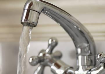 Феодосийские власти определили список мер по обеспечению бесперебойного снабжения водой посёлка Щебетовка