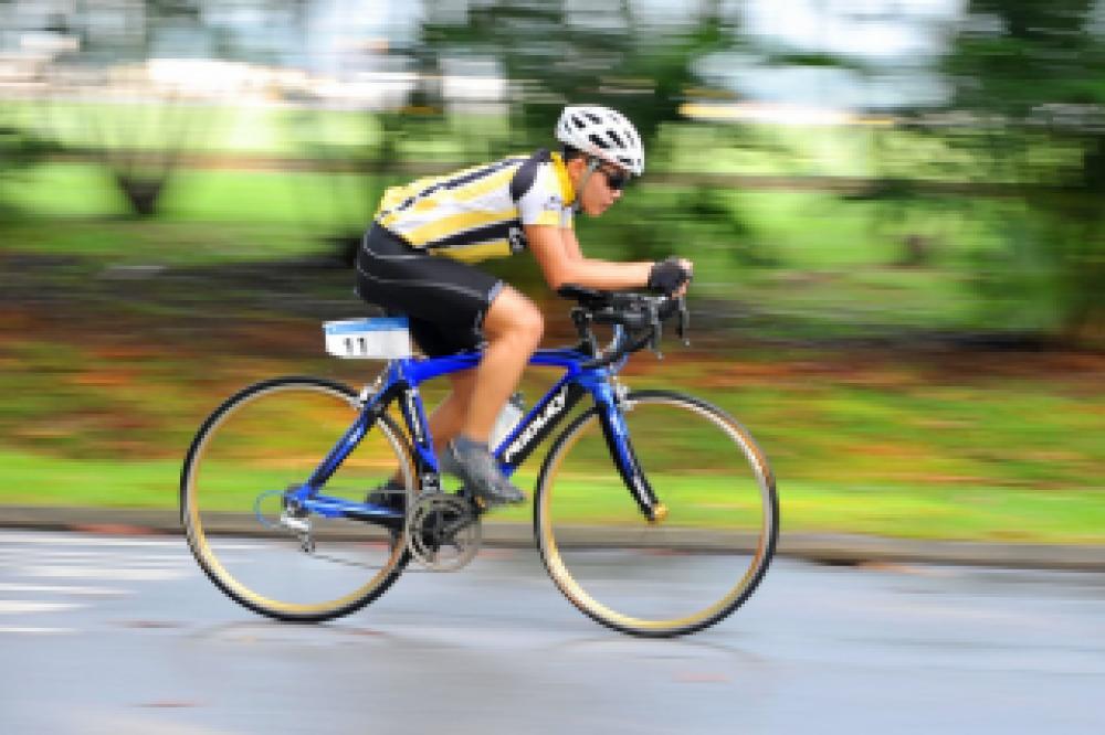 В Феодосии стартовало открытое первенство города по велокроссу