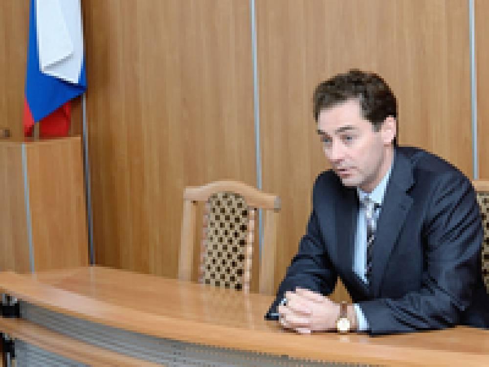 Глава администрации Феодосии потребовал от председателей навести порядок на территориях гаражных кооперативов
