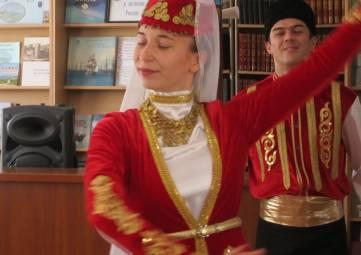 Библиотечный форум Крымскотатарская книга