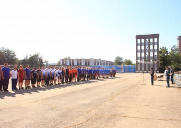 Спасатели МЧС России соревнуются в перетягивании каната