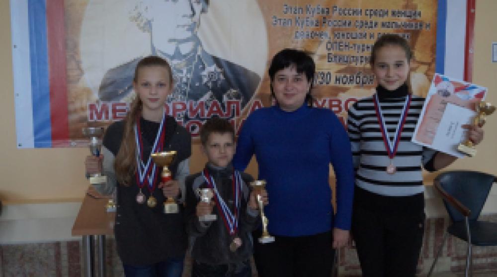 Феодосийские шахматисты достойно выступили на соревнованиях по шахматам