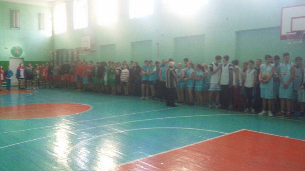 Баскетбол в школу...