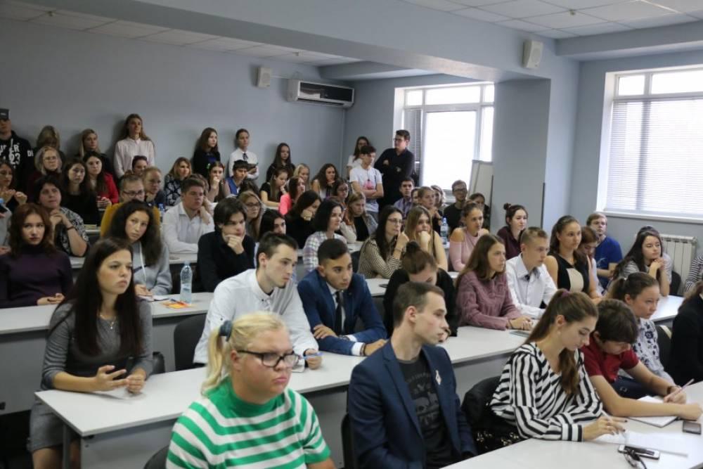 Мария Захарова предложила севастопольским студентам проходить практику на площадке МИД России