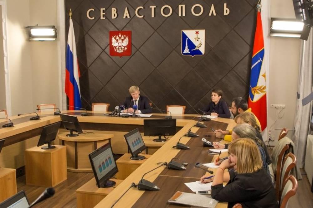 Илья Пономарев: «Во исполнение «майских» указов Президента предусмотрено повышение зарплат работникам бюджетной сферы»