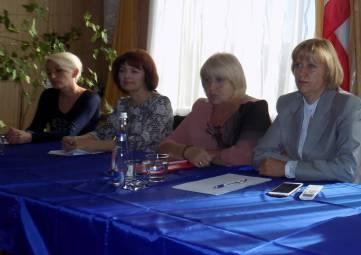 Галина Перелович  провела выездное совещание в Зеленогорском  сельском поселении