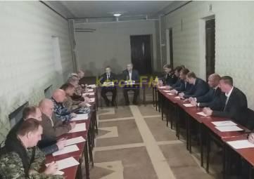 В Керчи началось заседание штаба ЧС во главе с Аксеновым
