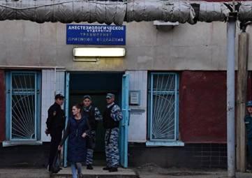 Аксенов пообещал помочь в опознании тяжело пострадавших в Керчи