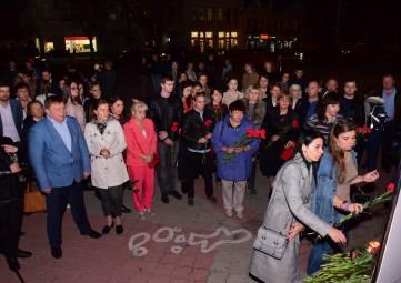 В Симферополе почтили память погибших в результате трагических событий в Керченском политехническом колледже