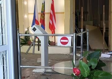 Эвакуировать пострадавших в Керчи готовы два самолета