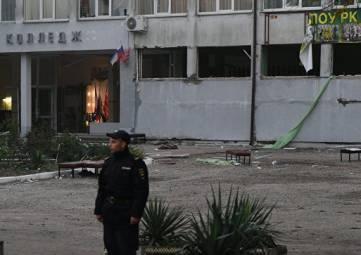 Власти Керчи пояснили присутствие силовиков в детсадах и школах города
