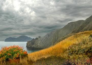 На Крым идут ливни и ураганный ветер