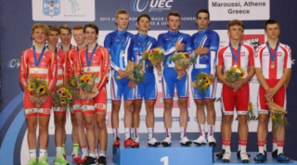 Феодосийский велосипедист - Дмитрий Марков в числе лучших спортсменов Крыма уходящего 2015 года